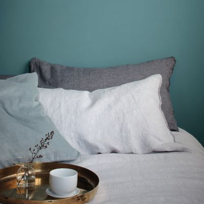dulux-heritage-maritime-teal-bedroom